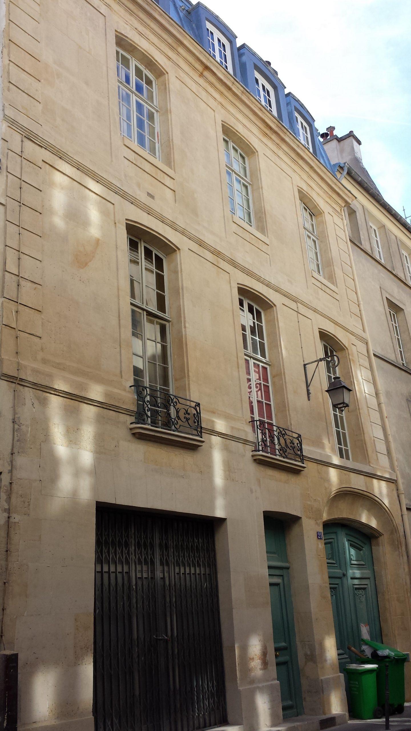 21 Michel Le Comte 75003